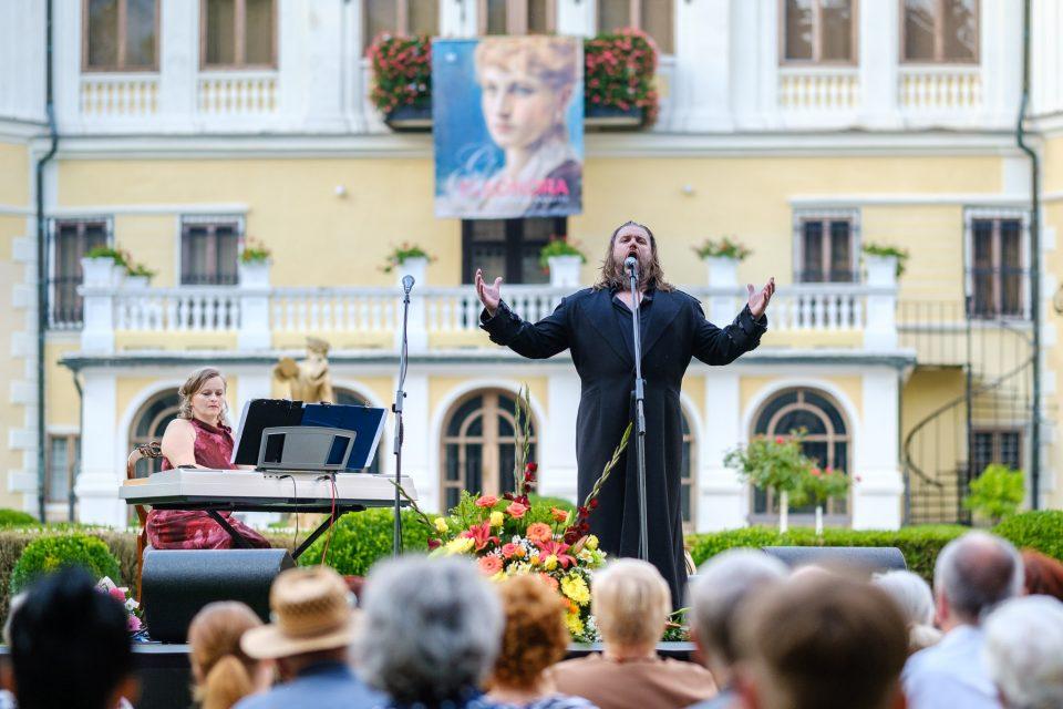 Operný večer 2019